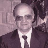 DR. CARLOS MUÑOZ IZQUIERDO