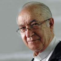 DR. LUIS MARIA UGALDE OLALDE SJ